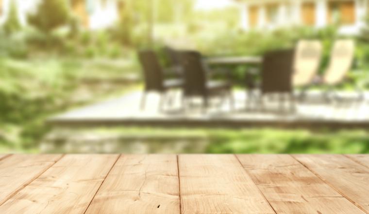 Jak chránit dřevo před sluncem